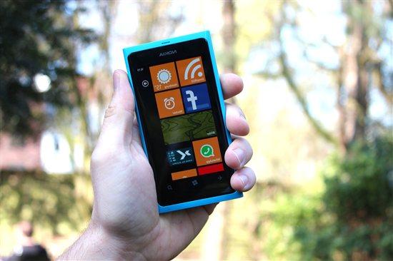 Windows Phone kommt nun auch für Linkshänder