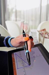Dank der ergonomischen Griffzone liegt der Stift immer gut in der Hand.