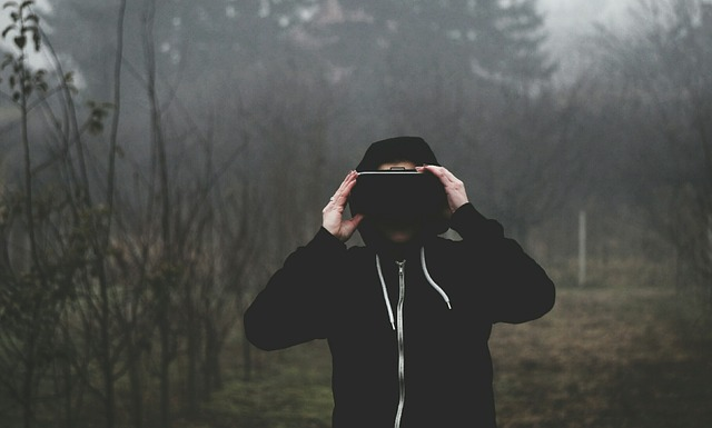 virtual-reality-Brille-1