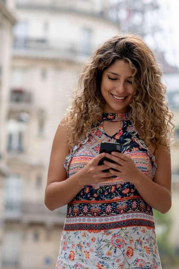 Auch im Urlaub ist das Smartphone unverzichtbar