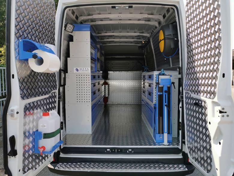 Qualitative und günstige Fahrzeugeinrichtung -Fahrzeugeinrichtungen für Transporter und Kastenwagen durch TÜV zertifiziert